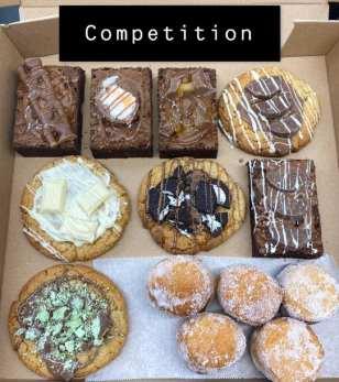 Roscoe's Cakes Box